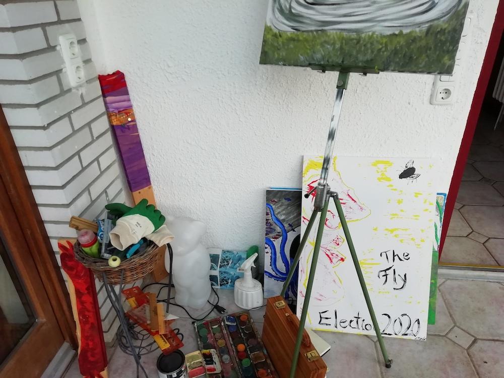 Ein Blick hinter die Kulissen (Farben und Bilder) im Atelier von Dr. Wurst